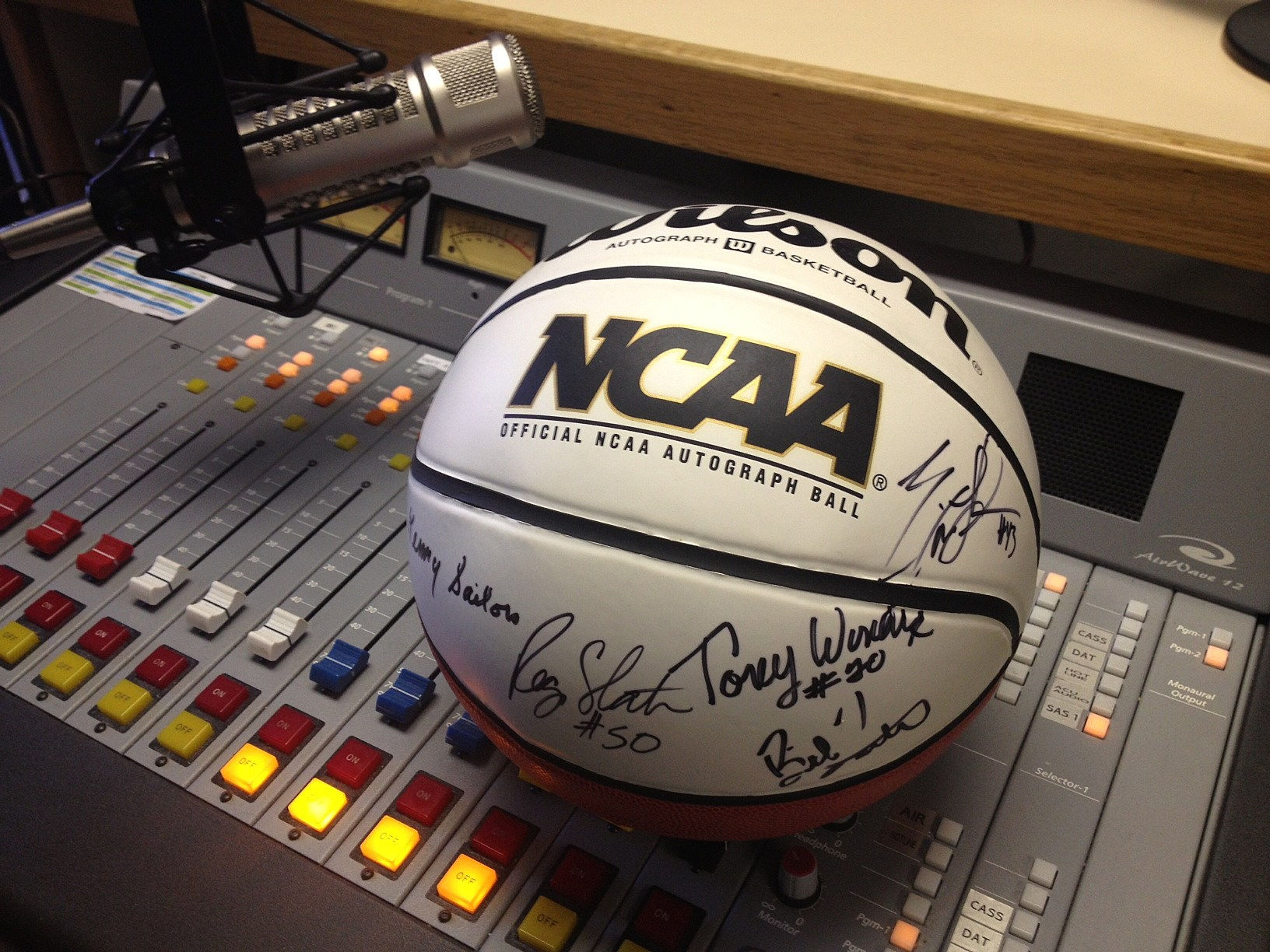 Enter The Am 1400 Espn Ncaa Bracket Challenge For Your
