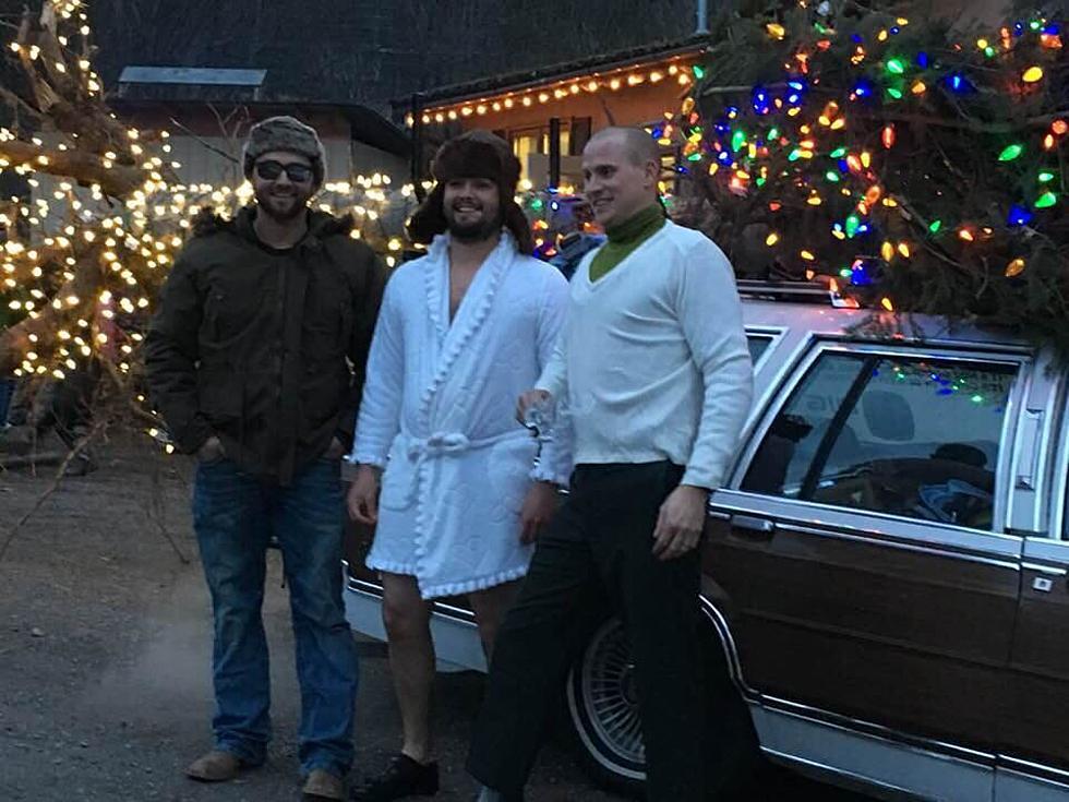 MT Business Recreates The 'Griswold X-mas Tree' Scene