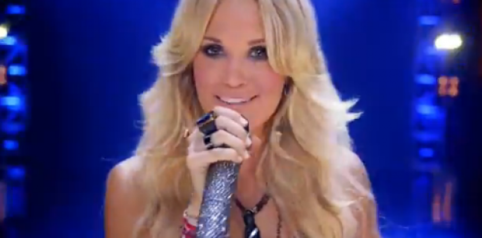 Carrie Underwood Sings Opening Nfl Song And Rocks Sunday Night Football