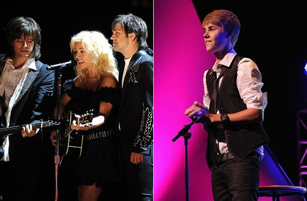 The Band Perry, Justin Bieber Record Christmas Song Together