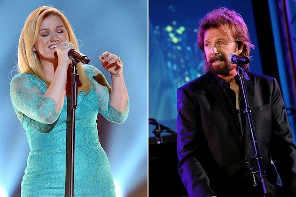 Kelly Clarkson Recording a Christmas Album That Will Feature Ronnie Dunn