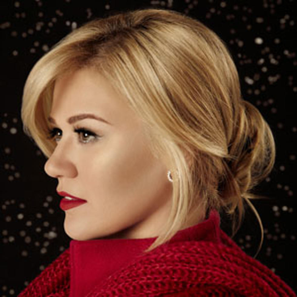 Kelly Clarkson, \'Underneath the Tree\' [Listen] - Critic\'s Pick