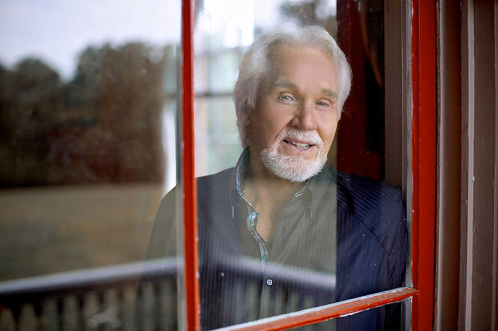 Keith Whitley Memory Inspired Kenny Rogers\' Christmas Cover
