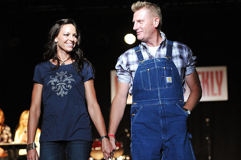 Joey + Rory\'s Hymns Album Takes Top Spot for Second Week