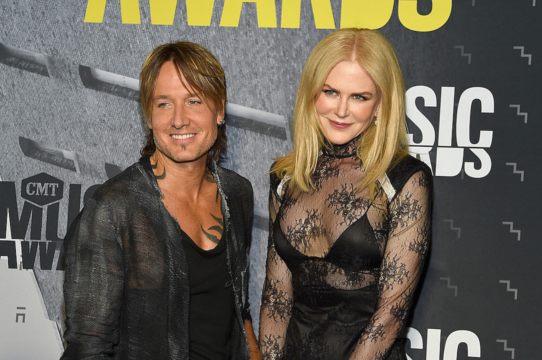 Nicole Kidman Lends Her Wedding Dress To Love Exhibit