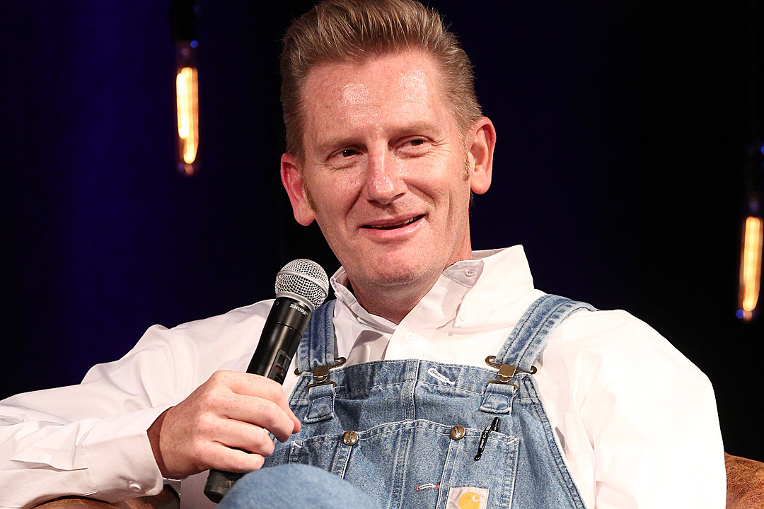 Rory Feek Announces Special Christmas Shows on Family Farm