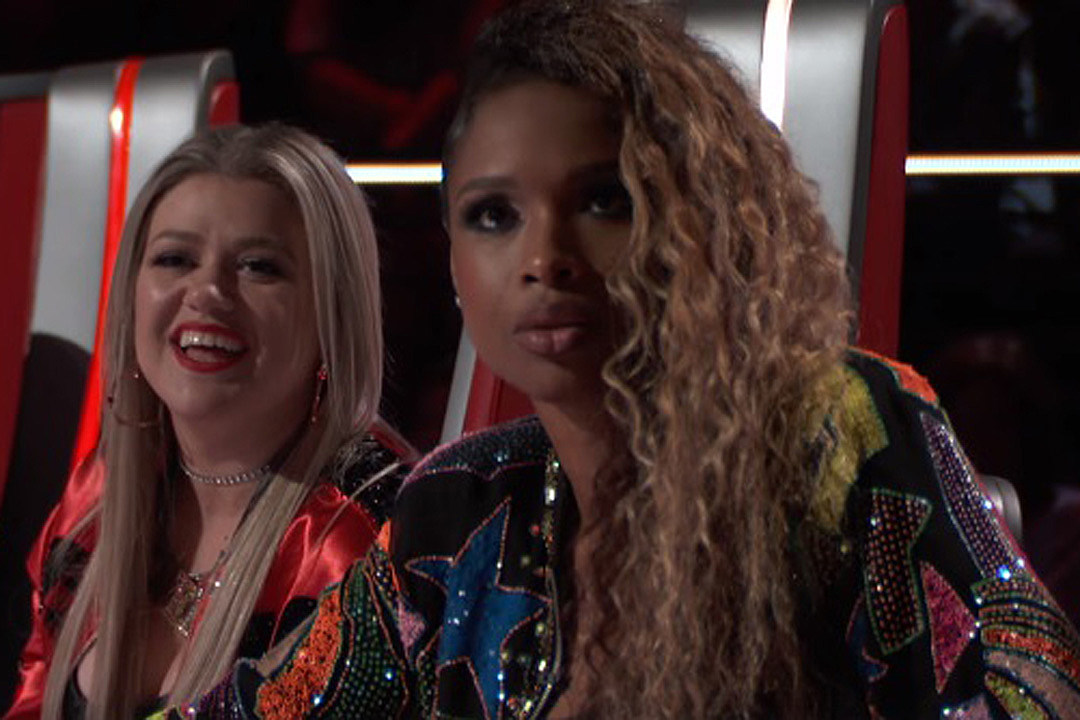 Kelly Clarkson + Jennifer Hudson Make \'The Voice\' a Slumber Party