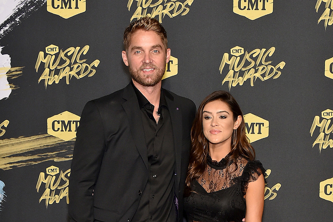 Brett Young Marries Taylor Mills