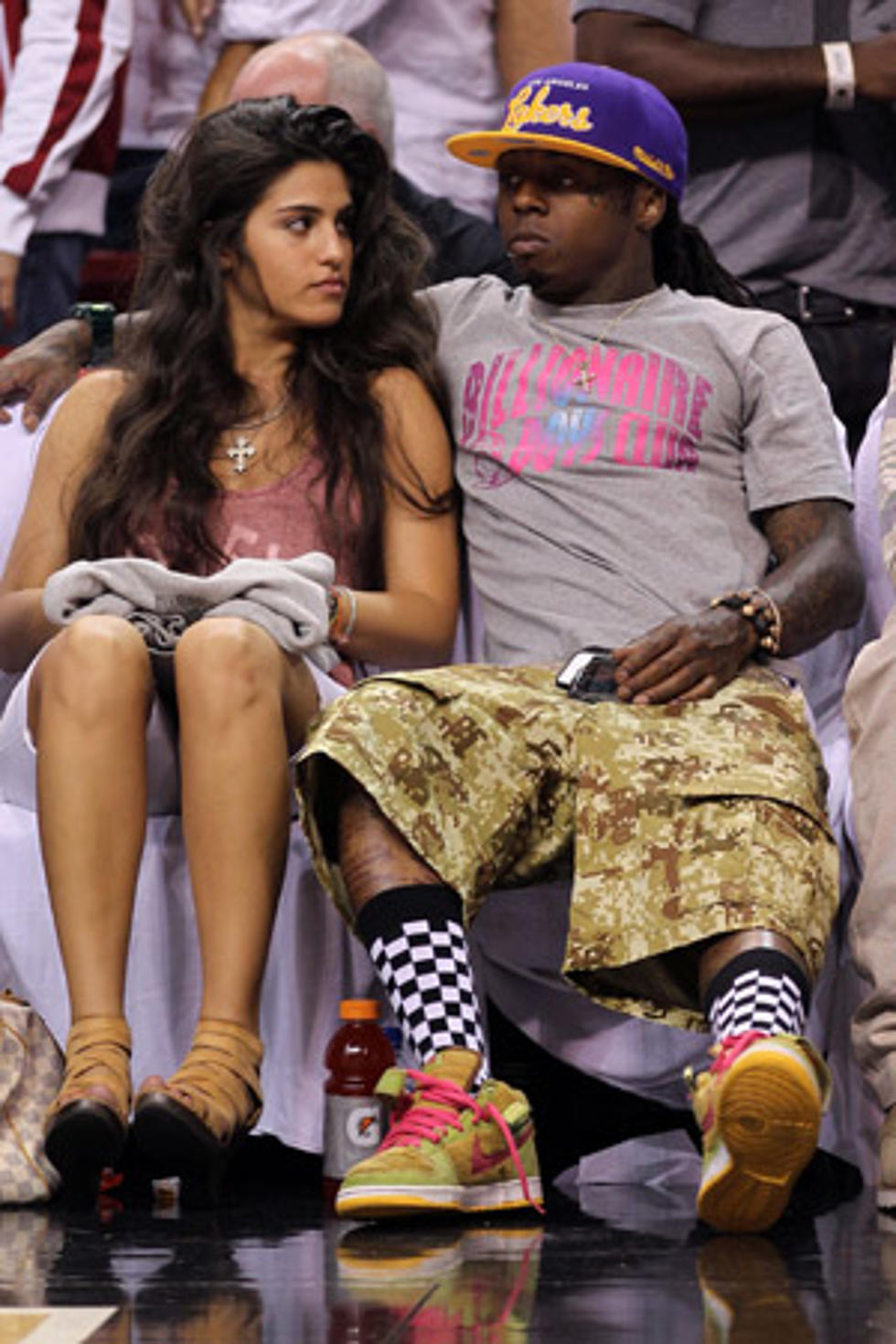 who is lil wayne dating