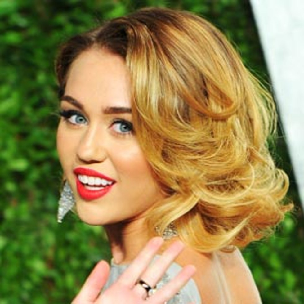 Old Hollywood Glam Waves Best Miley Cyrus Hairstyles
