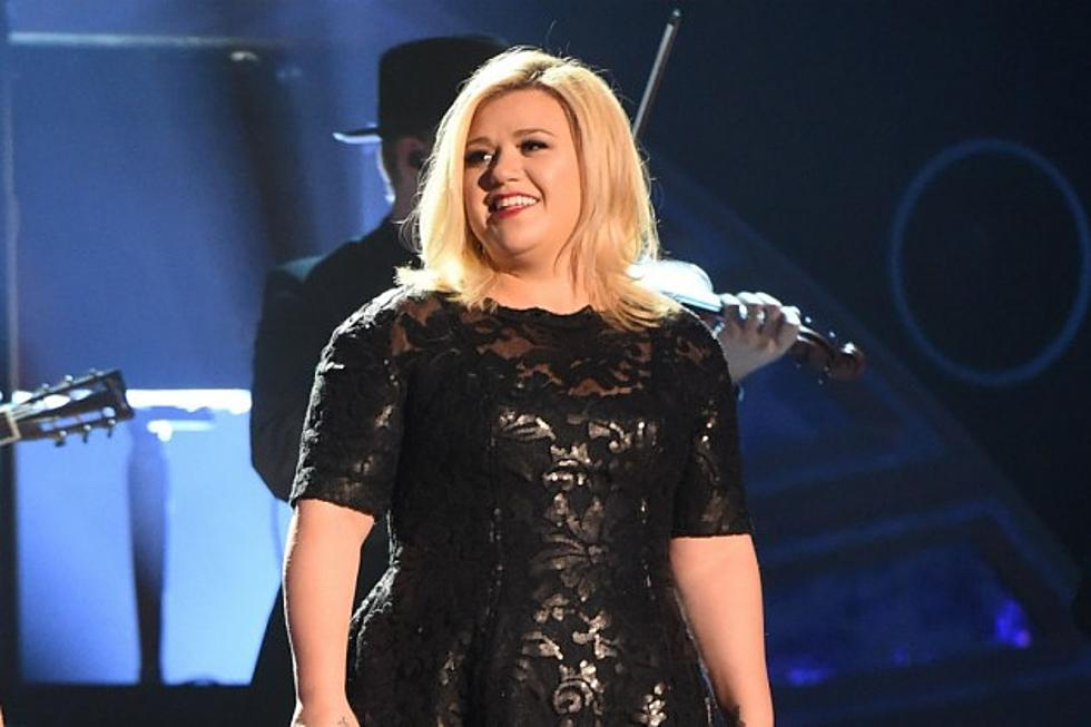 Kelly Clarkson Reveals Album Art + Tracklist for \'Piece by Piece\'