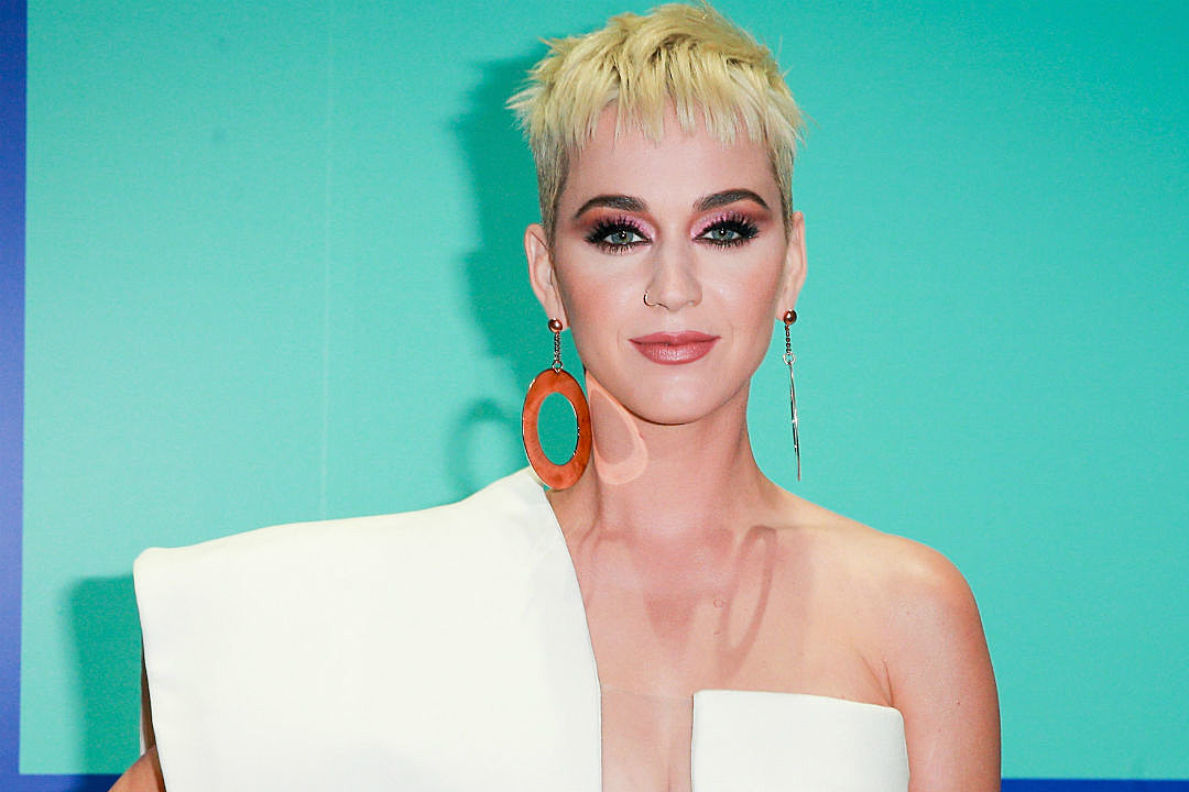 Witness Katy Perry S Massive Hair Transformation