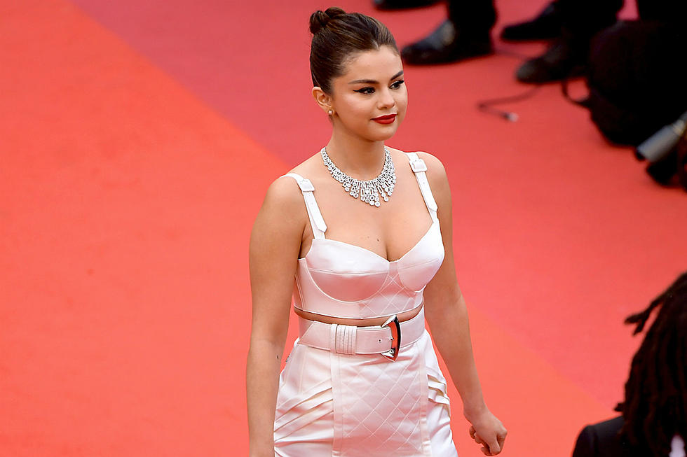 34ac7165996 Selena Gomez Stuns in Sexy Louis Vuitton Look on Cannes Red Carpet (PHOTOS)