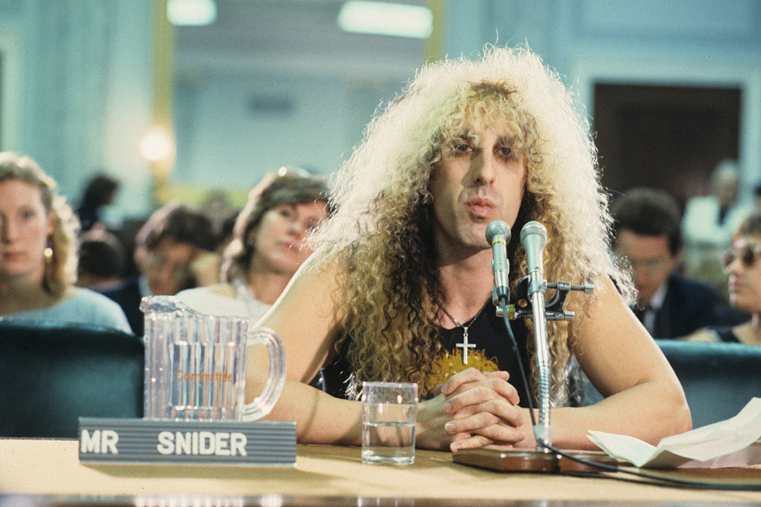 Dee Snider Looks Back at His C...