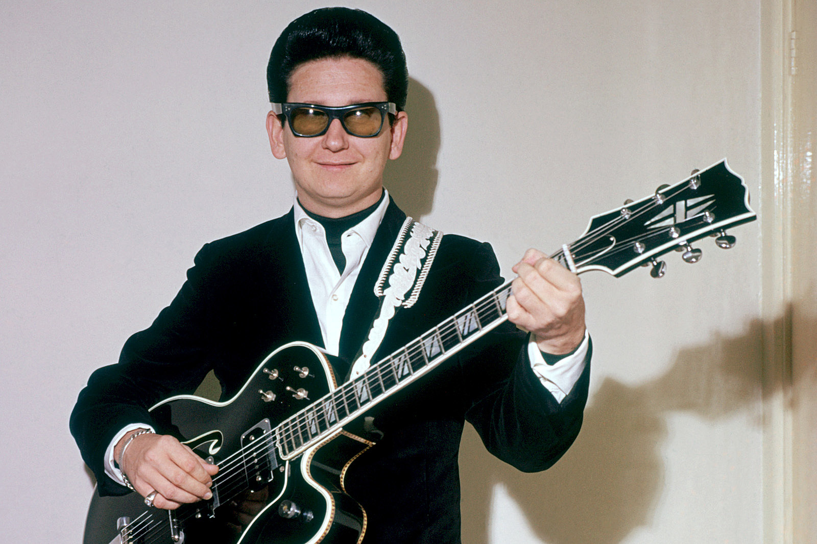 Was roy orbison totally blind