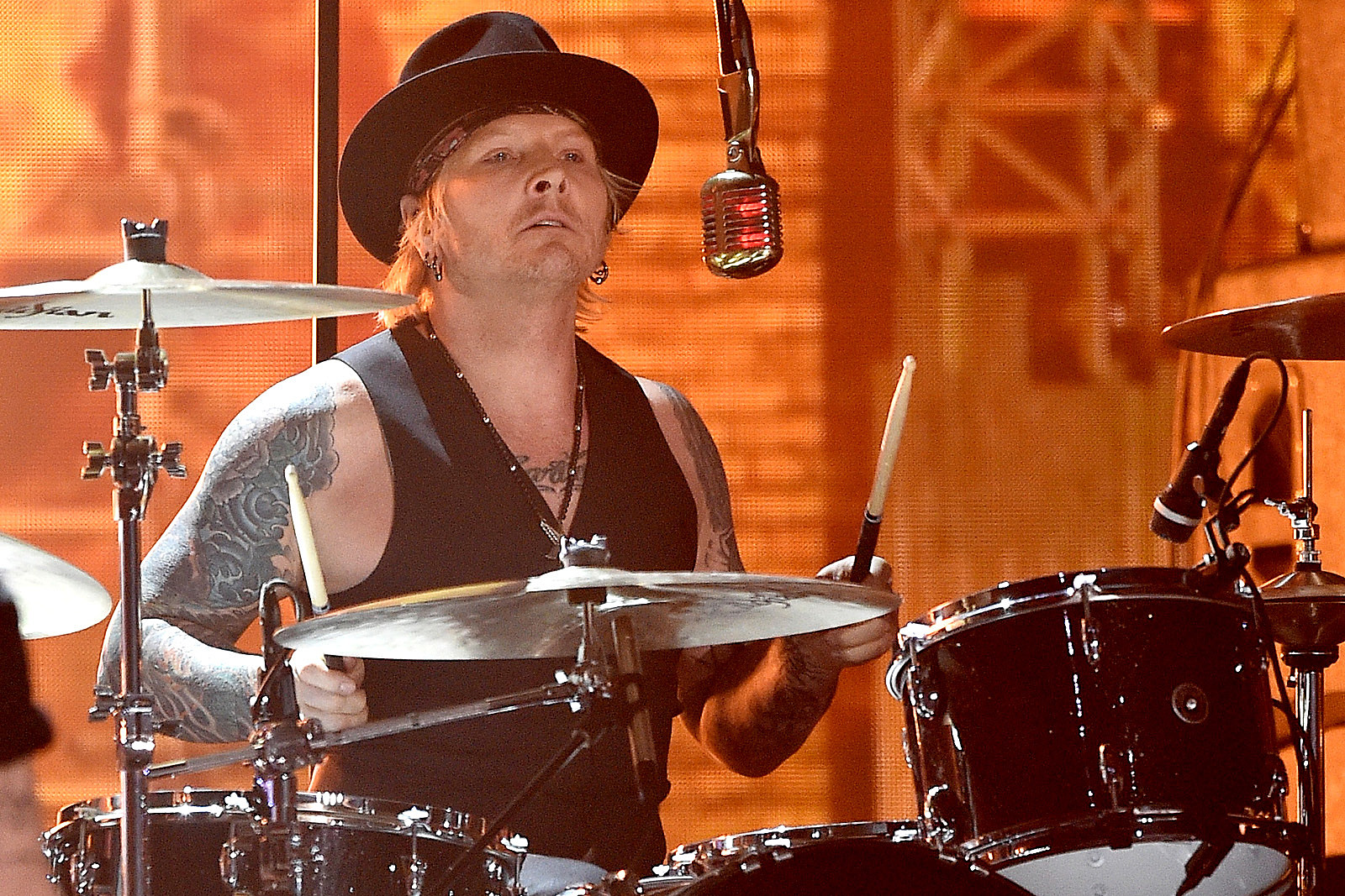 Matt Sorum Explains Why He S Leaving The Hollywood Vampires