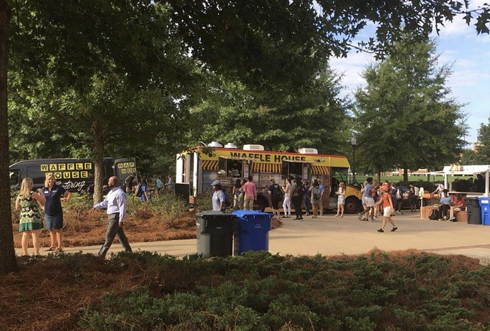 Waffle House Has A Food Truck And You Can Rent It Out