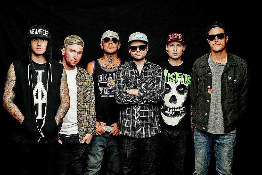 hollywood undead day of the dead exclusive album art