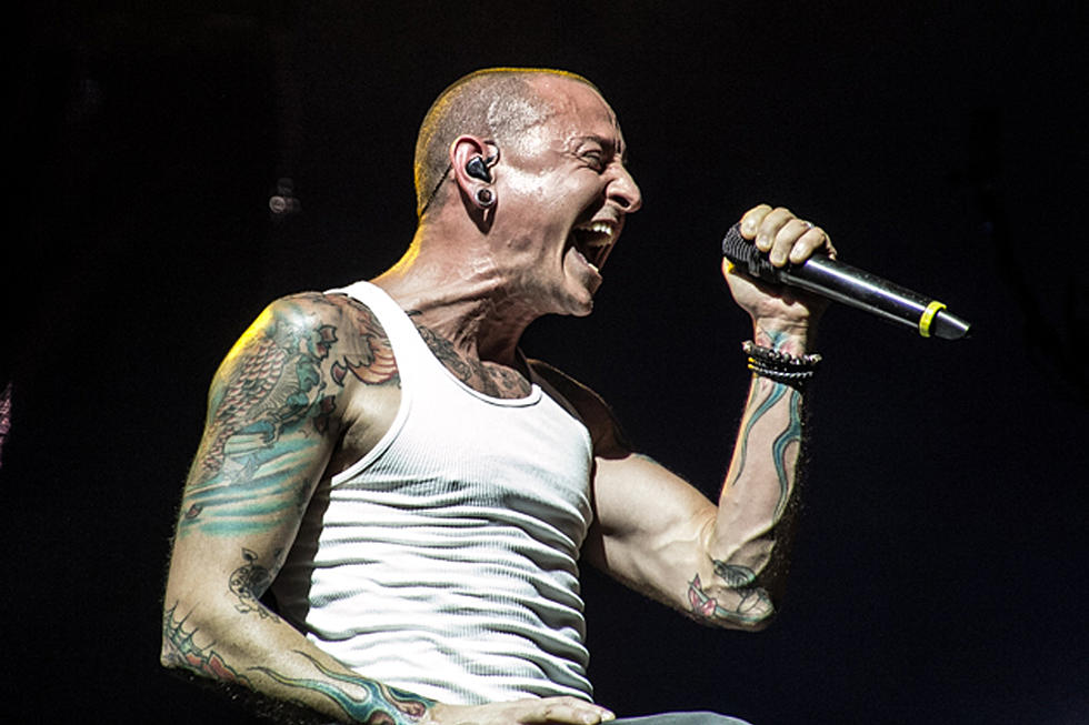 chester bennington 2017 loudwire awards vocalist of the year