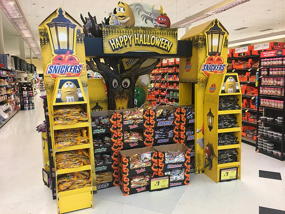 stop the insanity halloween displays are in jersey stores already