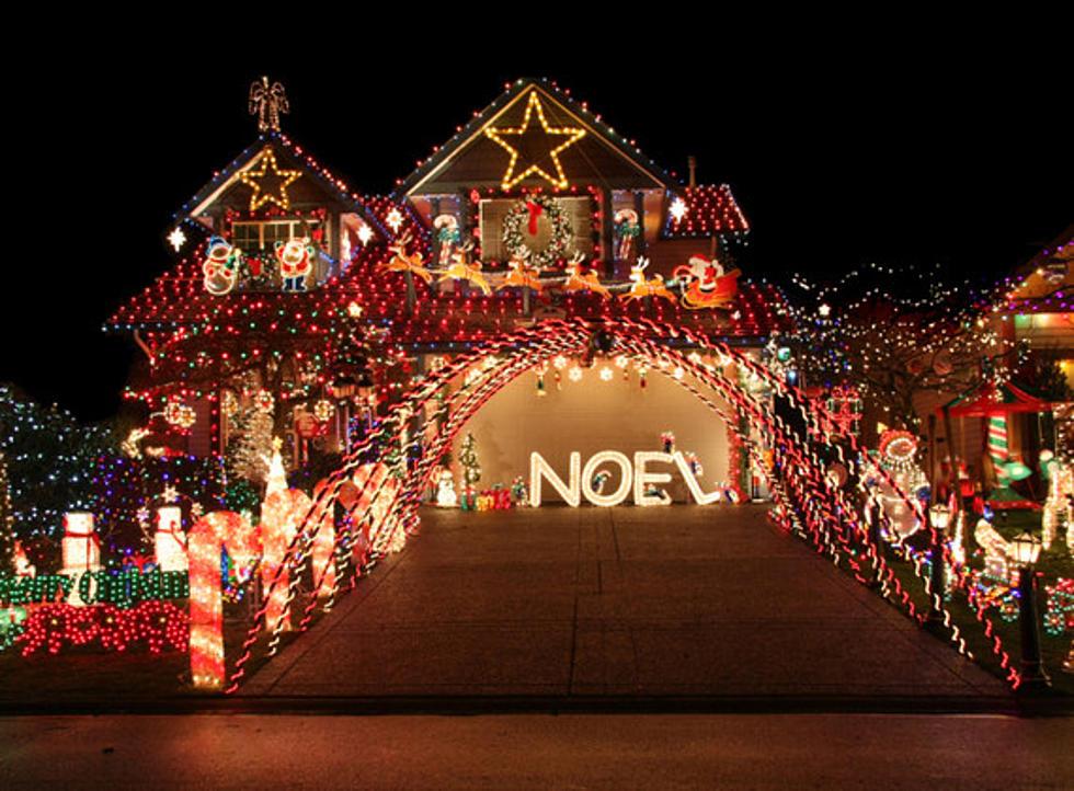 New York Family's Christmas Lights Display Sets Guinness World Record - Christmas Lights World Record Belongs To New York Family