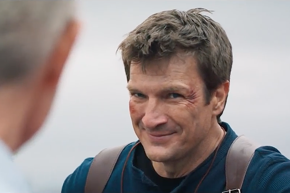 Nathan Fillion Finally Plays Uncharted S Nathan Drake