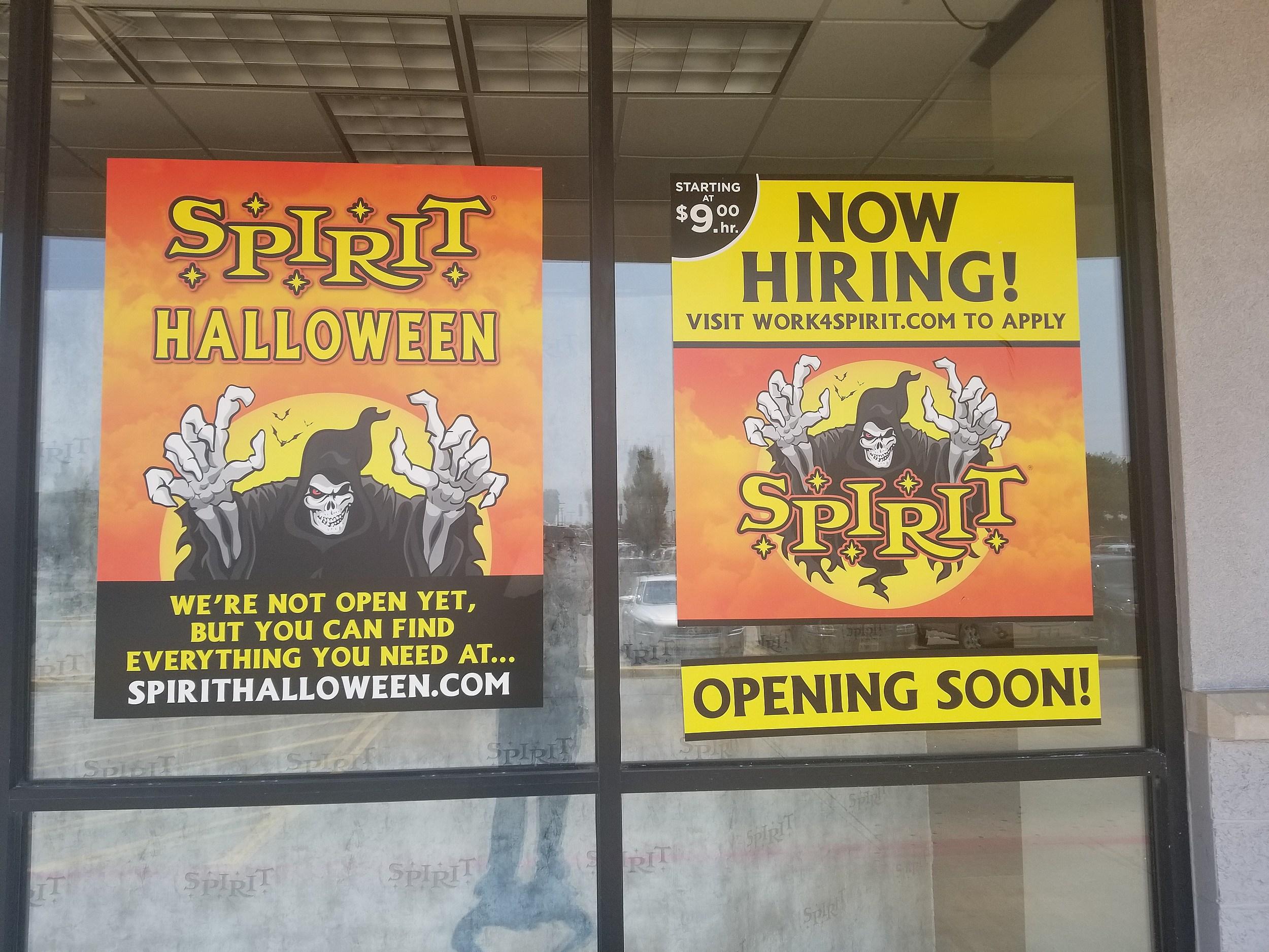 spirit halloween store to open in quincy
