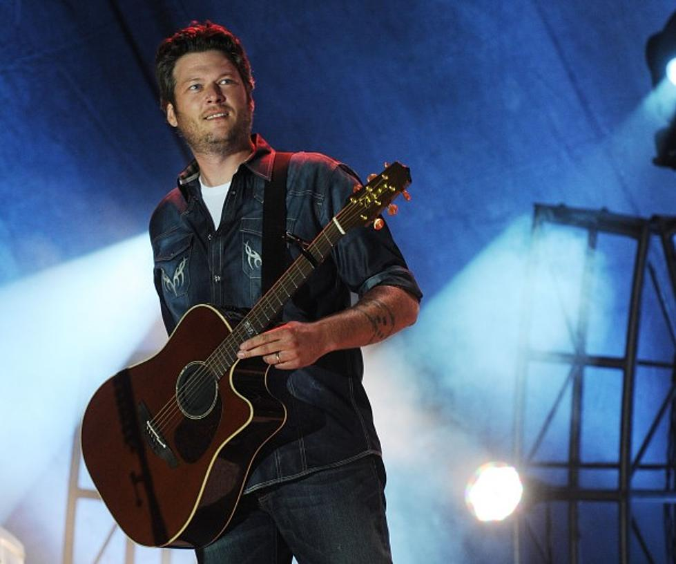 "Blake Shelton Records Christmas Version of ""Home"" With Michael Buble ..."