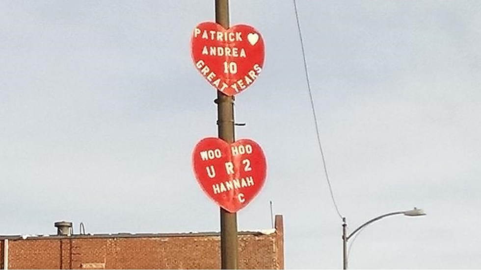Wooden Signs Of Love Loveland S Annual Tradition Opens For 2018