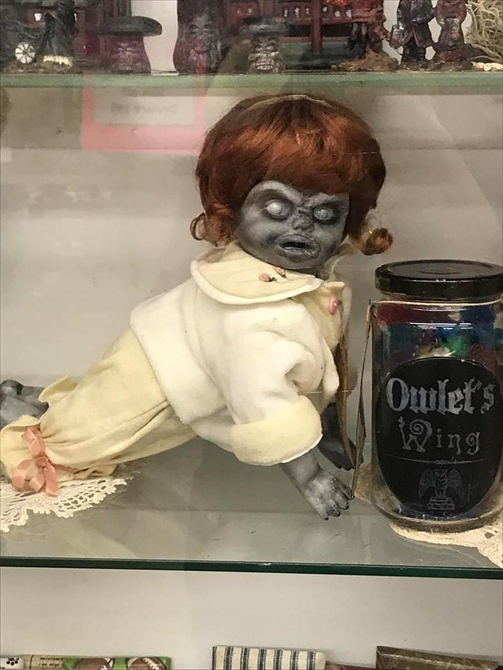 diy creepy halloween decorations with dolls