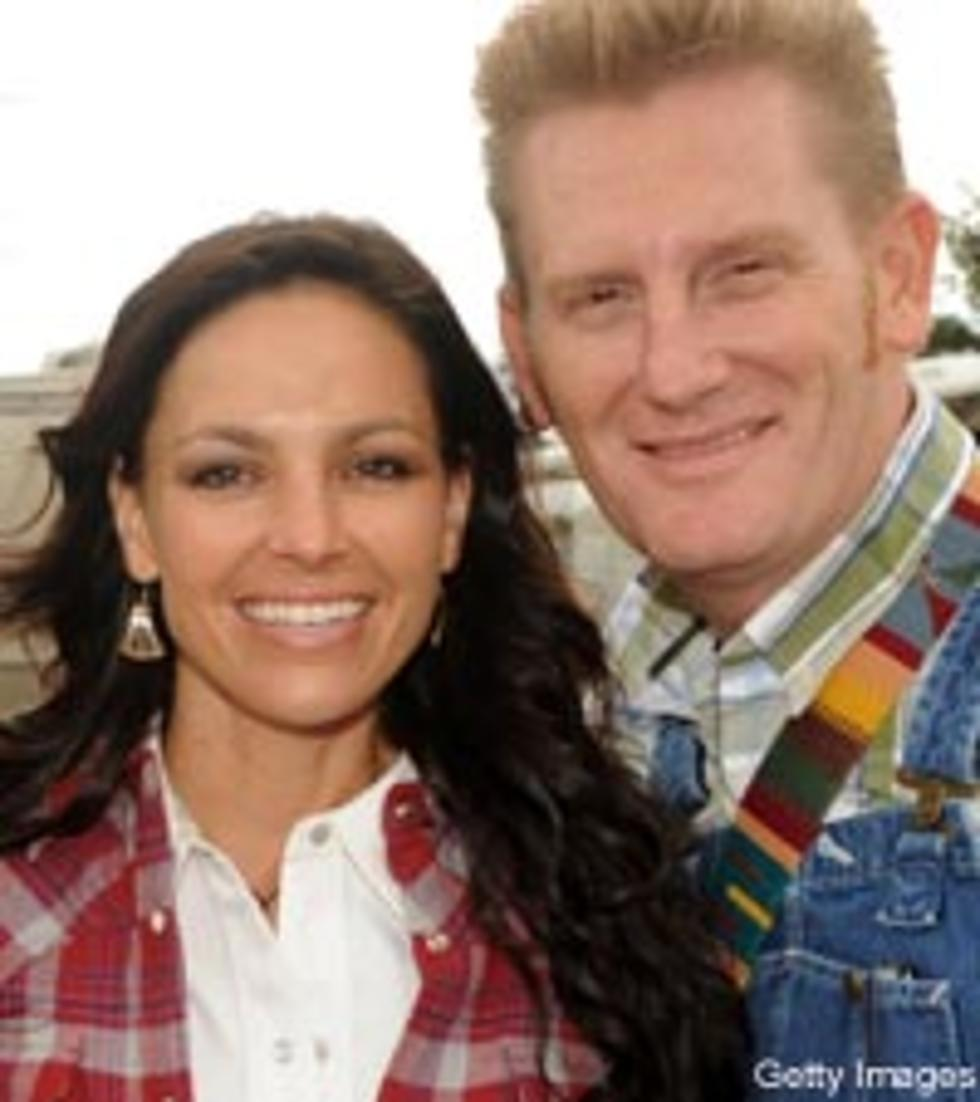 Joey + Rory Spread Christmas Spirit With Double the Joy