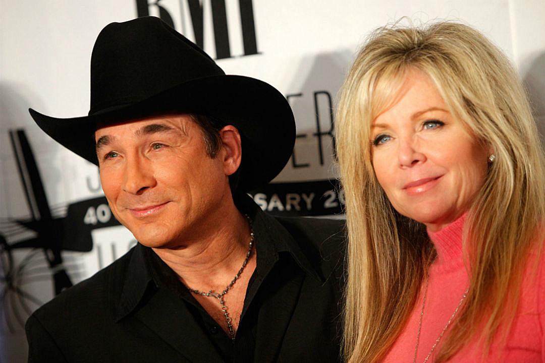 country music memories clint black marries lisa hartman