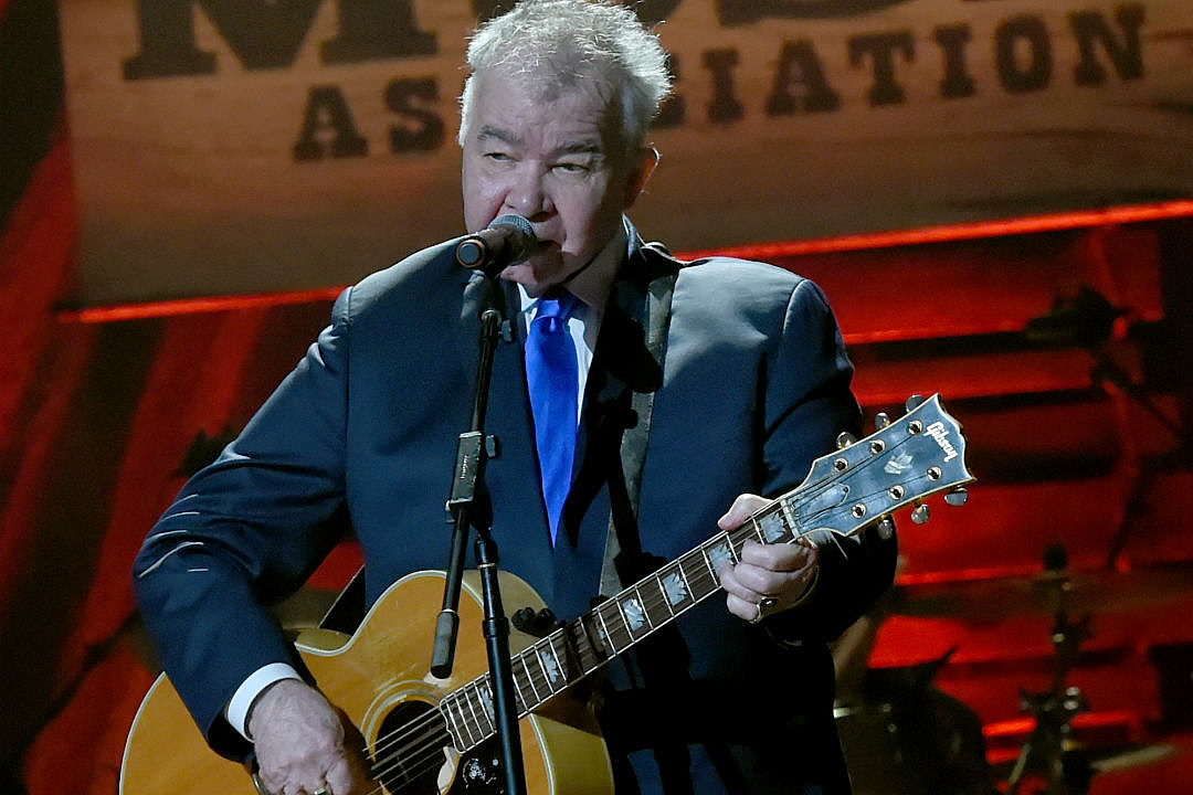 John Prine and Special Guests Plays \'Summer\'s End\' on \'Colbert\'