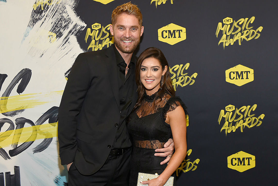 Brett Young And Taylor Mills Are Married