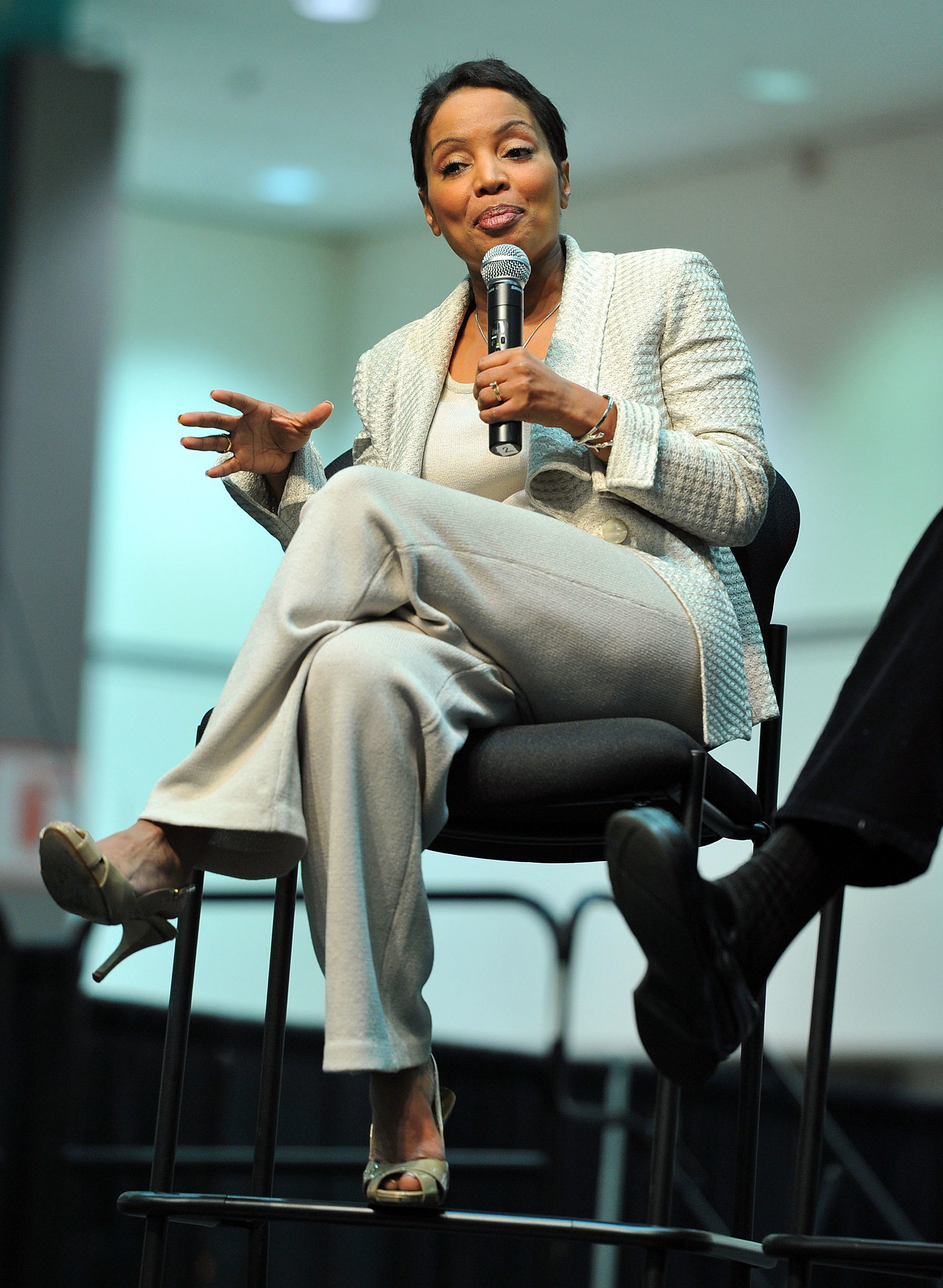 Rate This Girl: Day 260 - Lynn Toler | Sports, Hip Hop