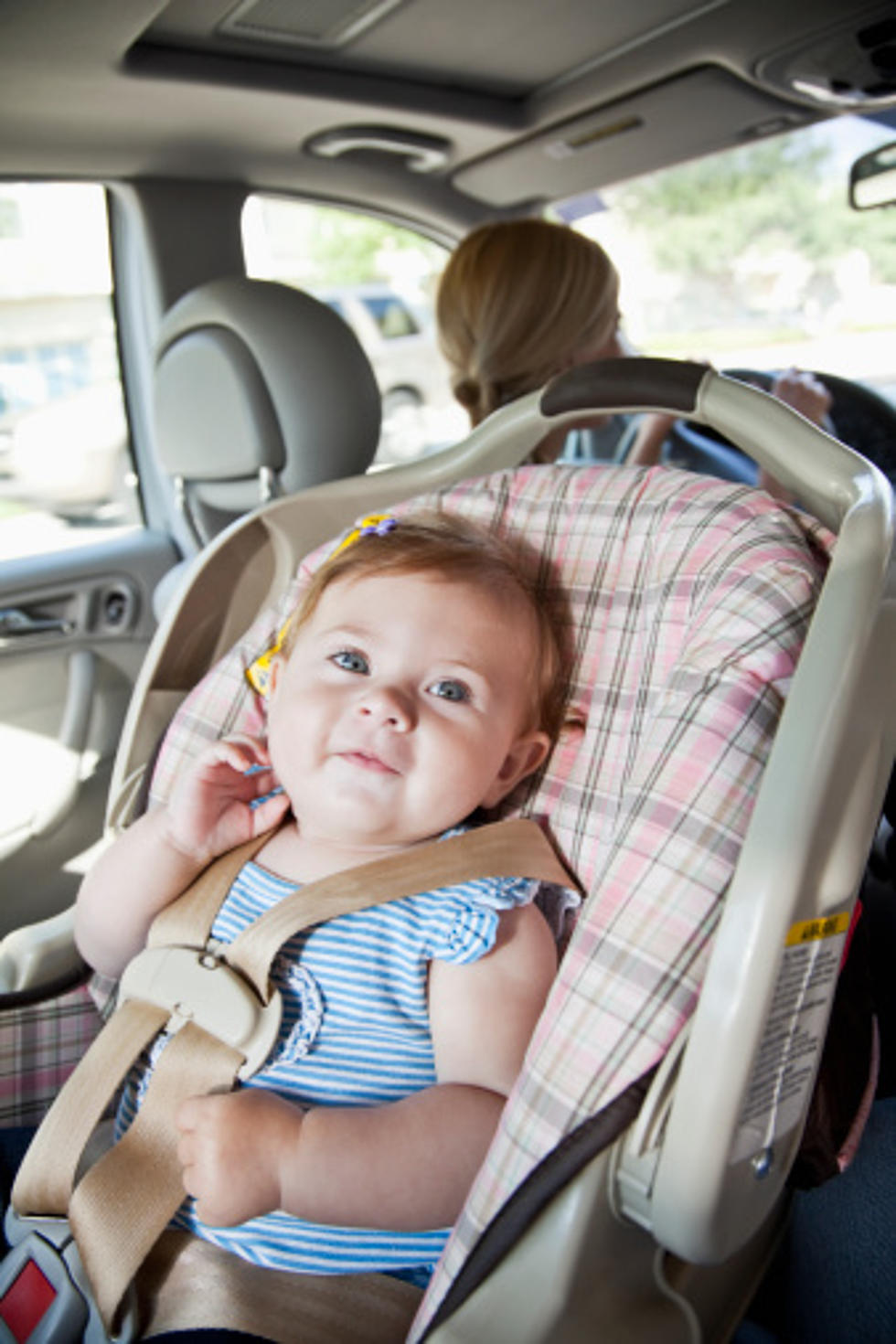 New Illinois Law Kids In Rear Facing Seats Until Age 2