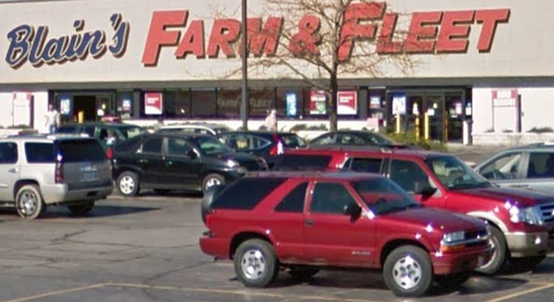 Farm And Fleet Returning To Michigan In Portage