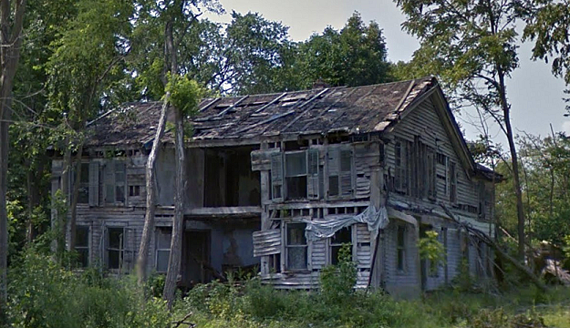 Abandoned michigan creepy farmhouse near eaton rapids
