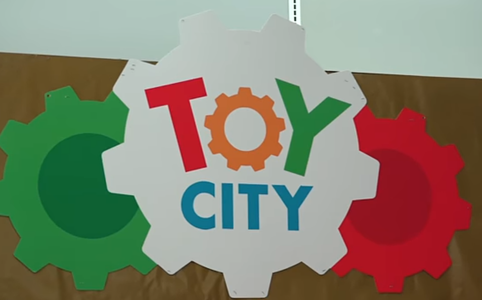 New Toy Store Opening At Old Hudson Valley Toys R Us Location