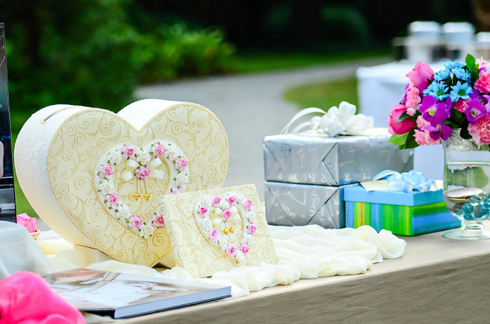 What Is The Average Cost Of A Wedding Gift In Illinois