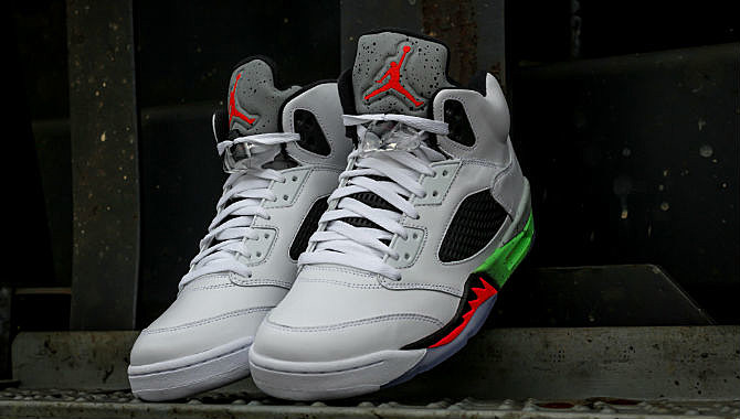 new product be32a 0635a ... release date air jordan 5 retro poison green 18413 c1289