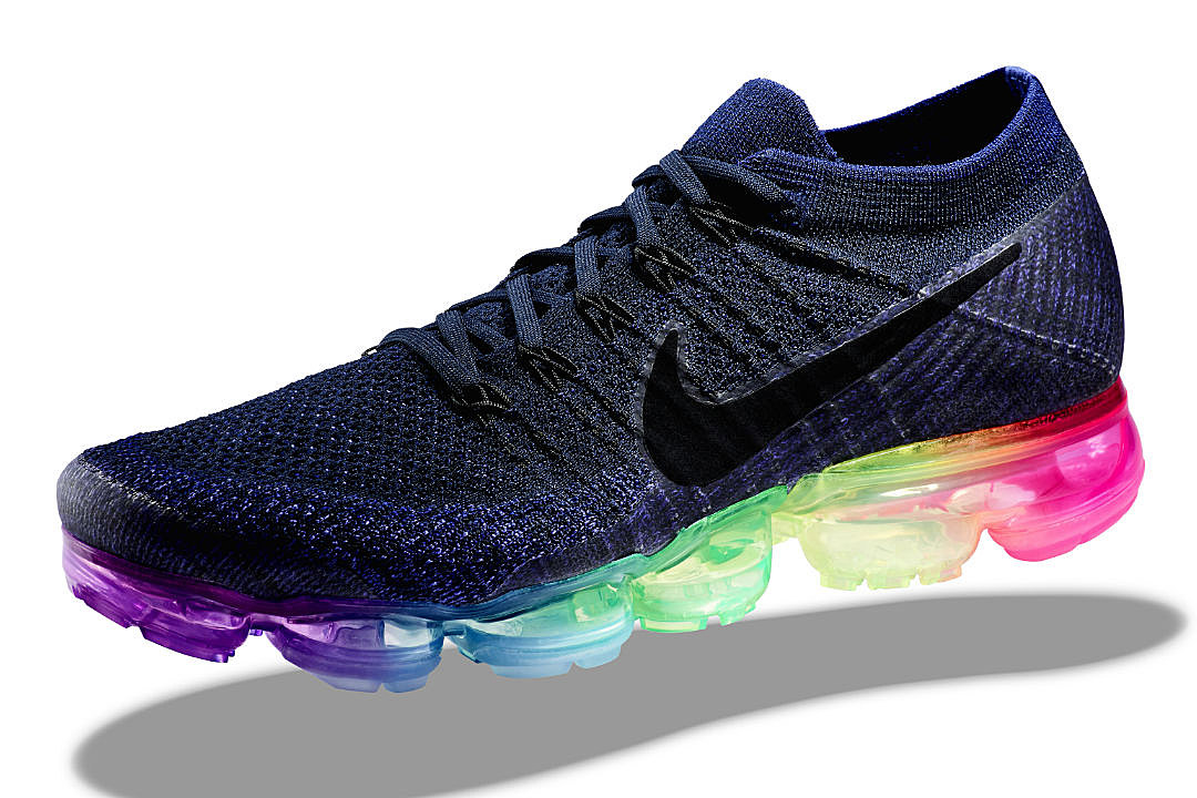 pretty nice 9c9a9 35a18 ... where to buy nike unveils be true collection featuring nikelab air  vapormax and more xxl 90001