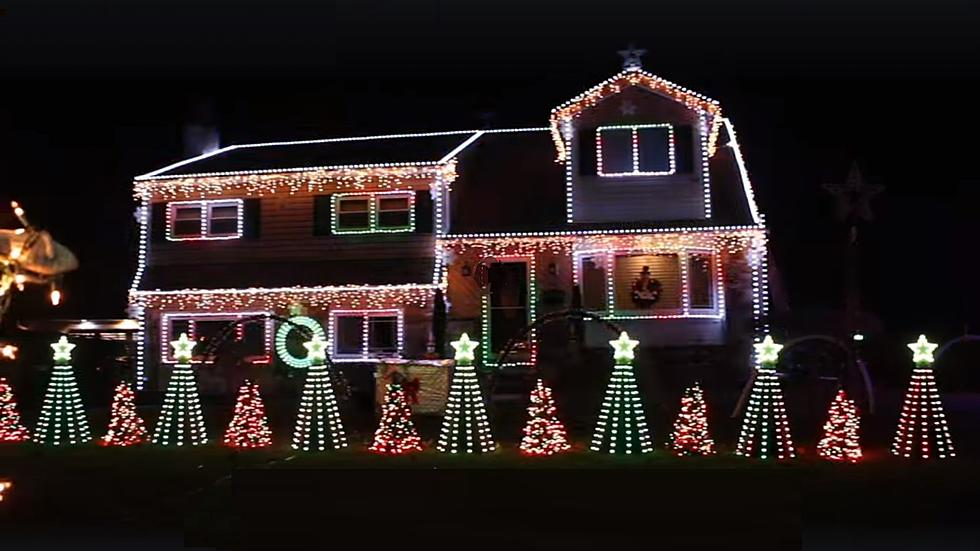 - Check Out This 60-Minute Christmas Display At This Bucks County Home