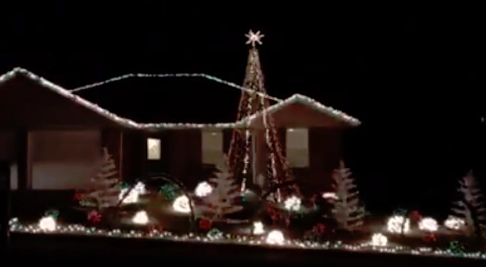 Wyoming \'Cowboy Joe\' Light Show Is A Christmas Classic [VIDEO]