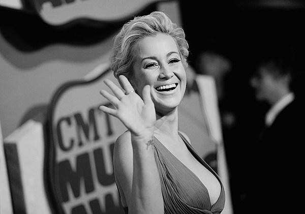kellie-pickler-nude-giving-head-andrea-del-rosario-sex-video