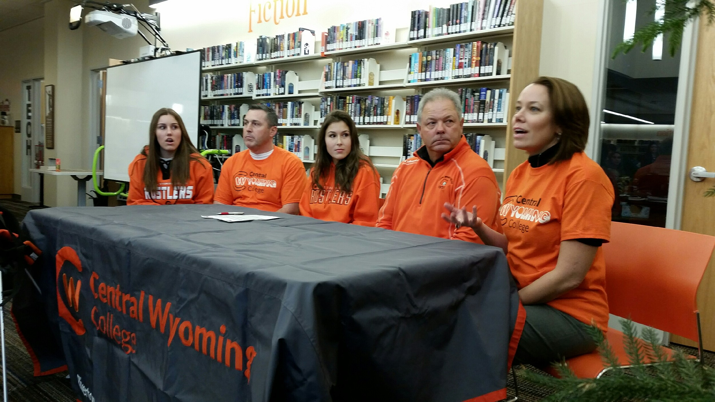Natrona Golfer Signs with CWC