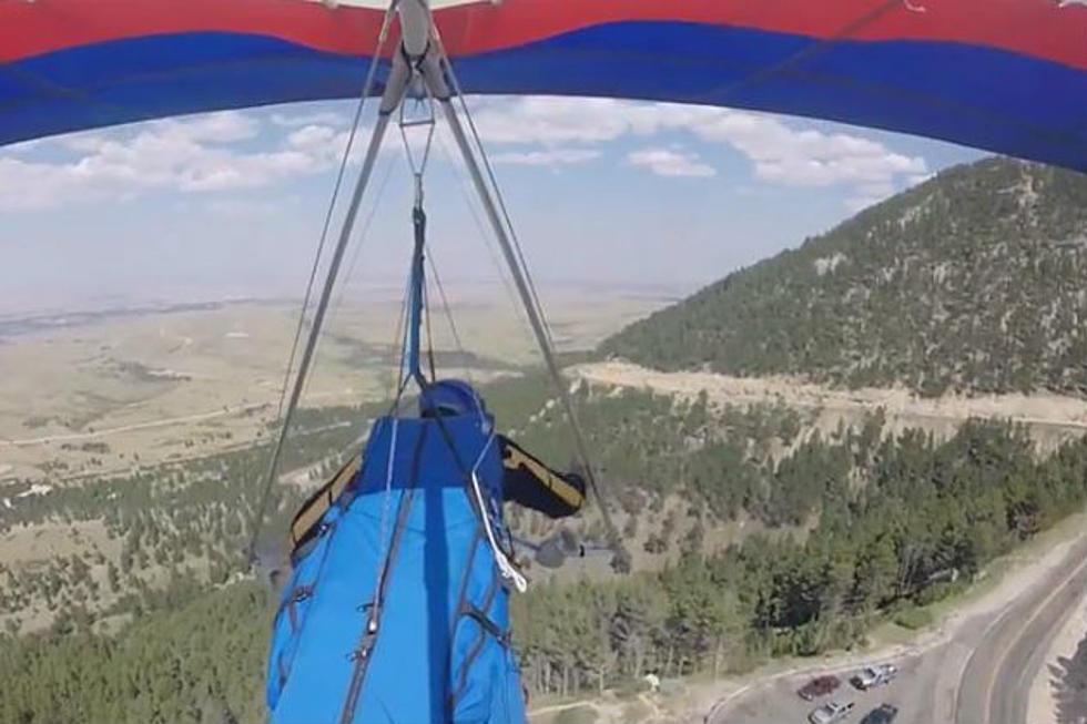 Watch Man Hang Glide off Casper Mountain [VIDEO]