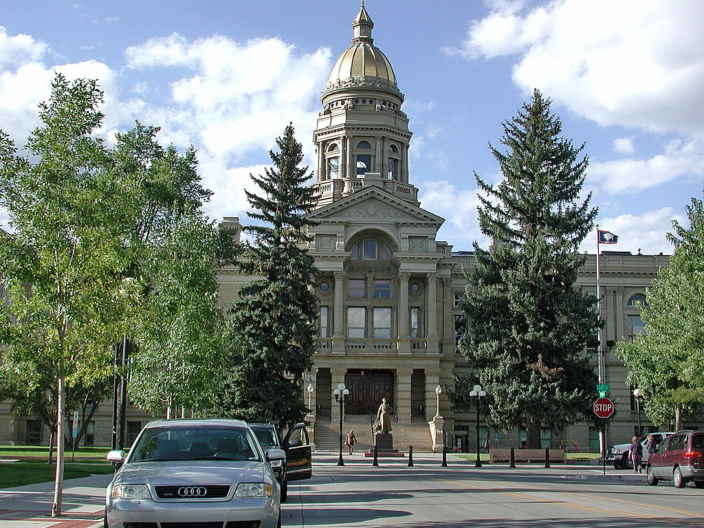 Governor Delays State Office Building, Capitol Renovations
