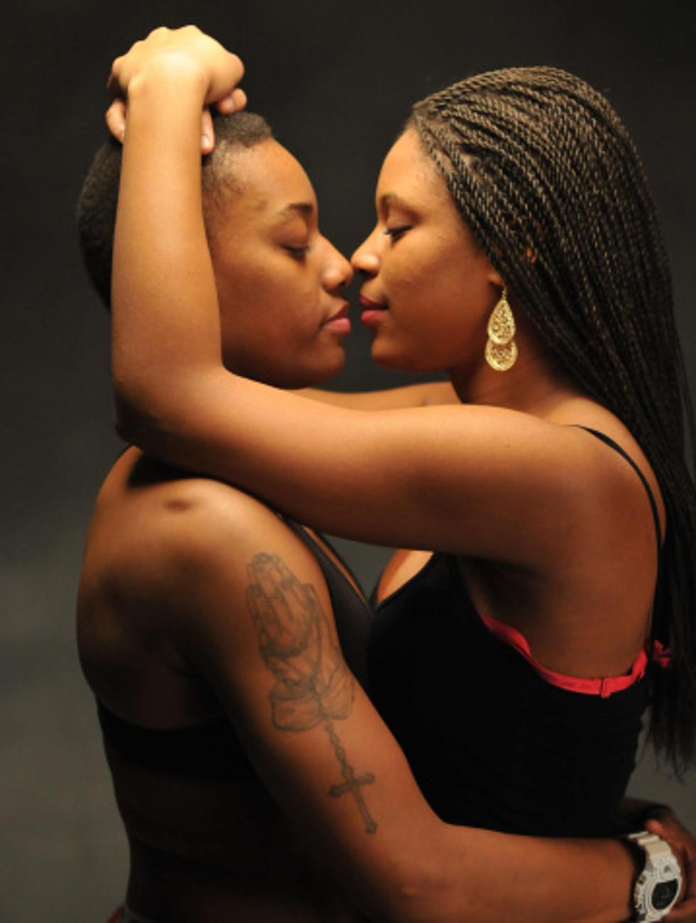 Public Lesbian Making Out
