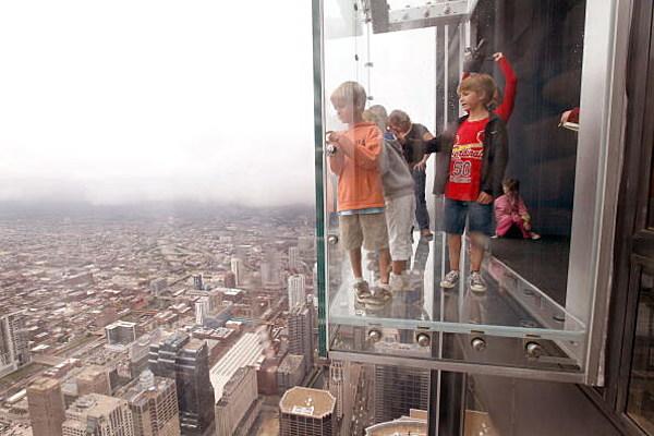 Hasil gambar untuk The Ledge chicago 600 x 400